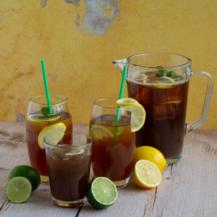 iced tea group shot with jug